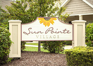 Sun Pointe Village Sign